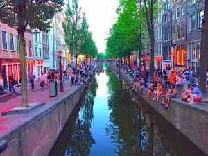 Red Light District has best Amsterdam pedestrian area