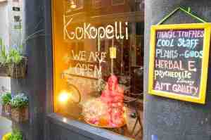 Amsterdam Red Light District Things To Do Kokopelli Smart Shop