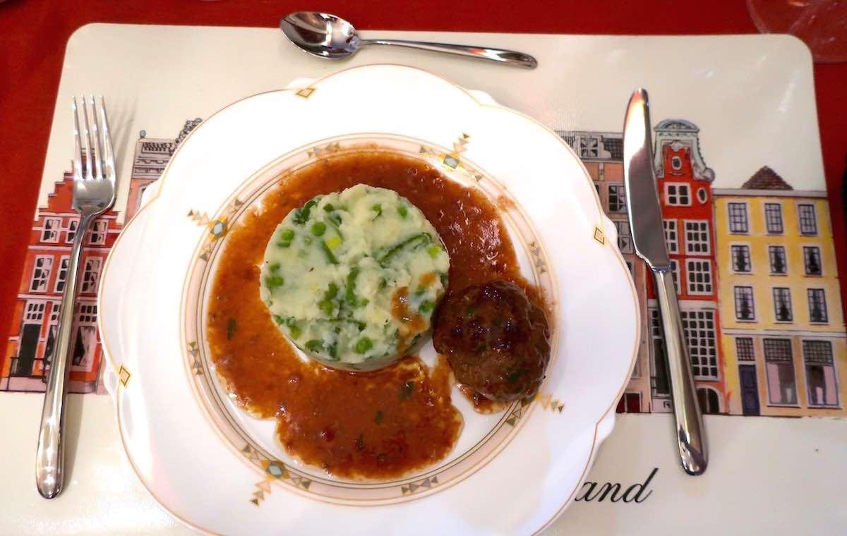 Nice Dutch cuisine restaurant Amsterdam central stampot