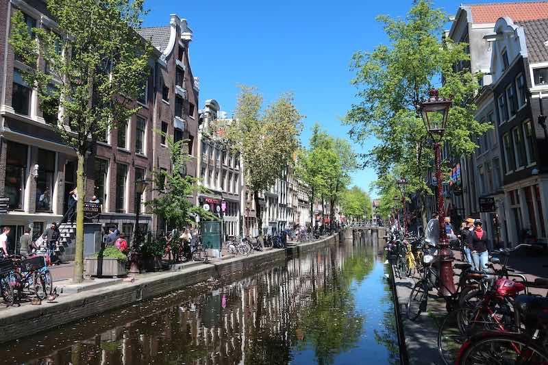 amsterdam wallen district
