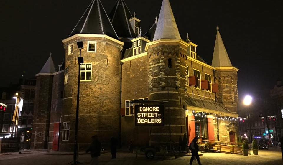 Ignore street dealers Amsterdam