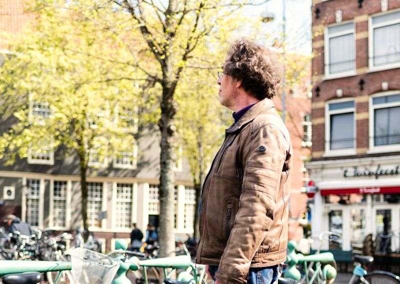 Decriminalizing prostitution in amsterdam