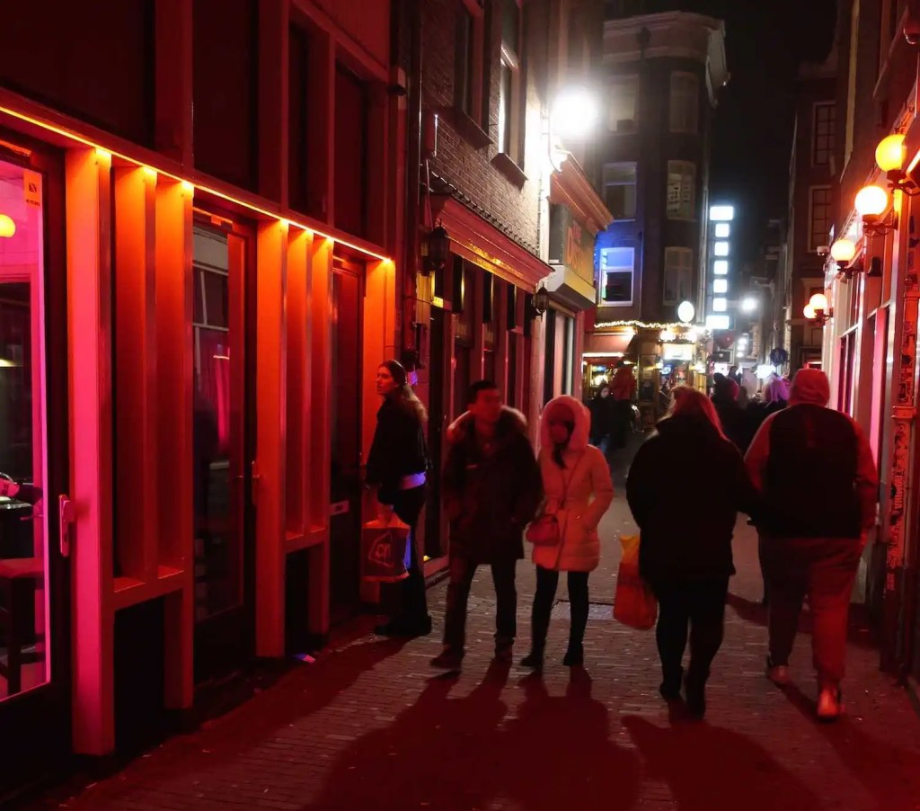 Closure of Window Brothels in Amsterdam?