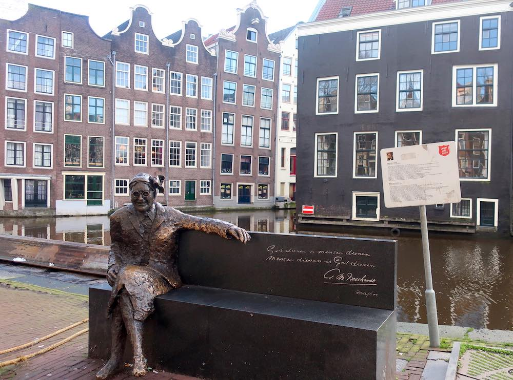 major bosshardt statue Amsterdam