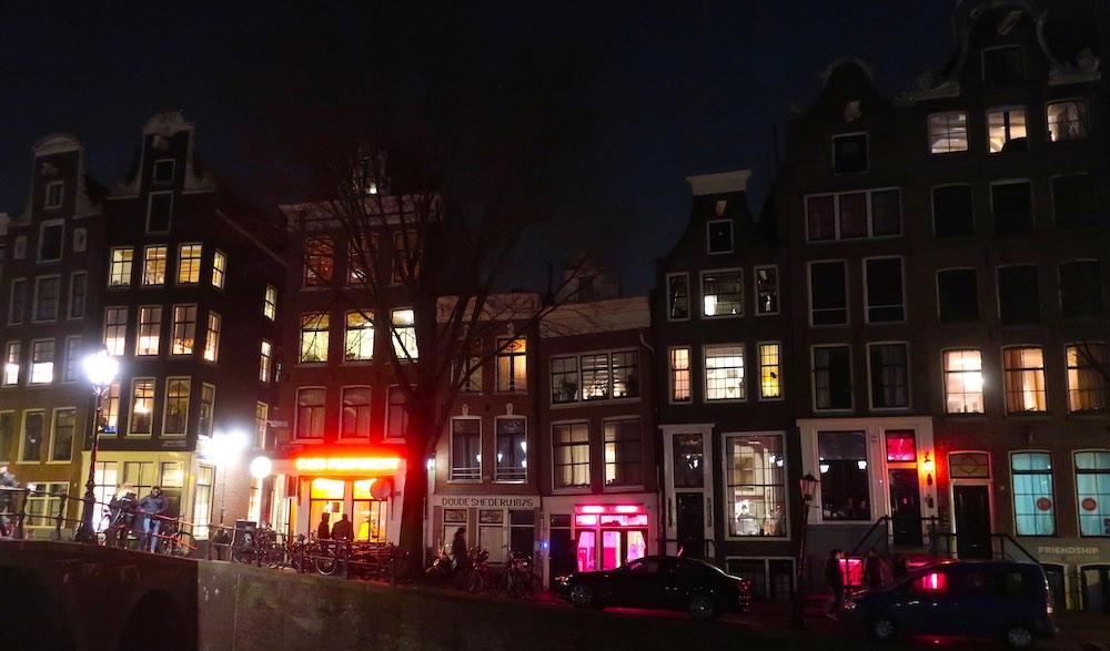 red light district safe