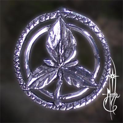 Trillium Amulet