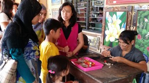 Learning how to make silver and gold jewelry  How To Manage Your 3 Day Holiday In Bali 20140808 112221