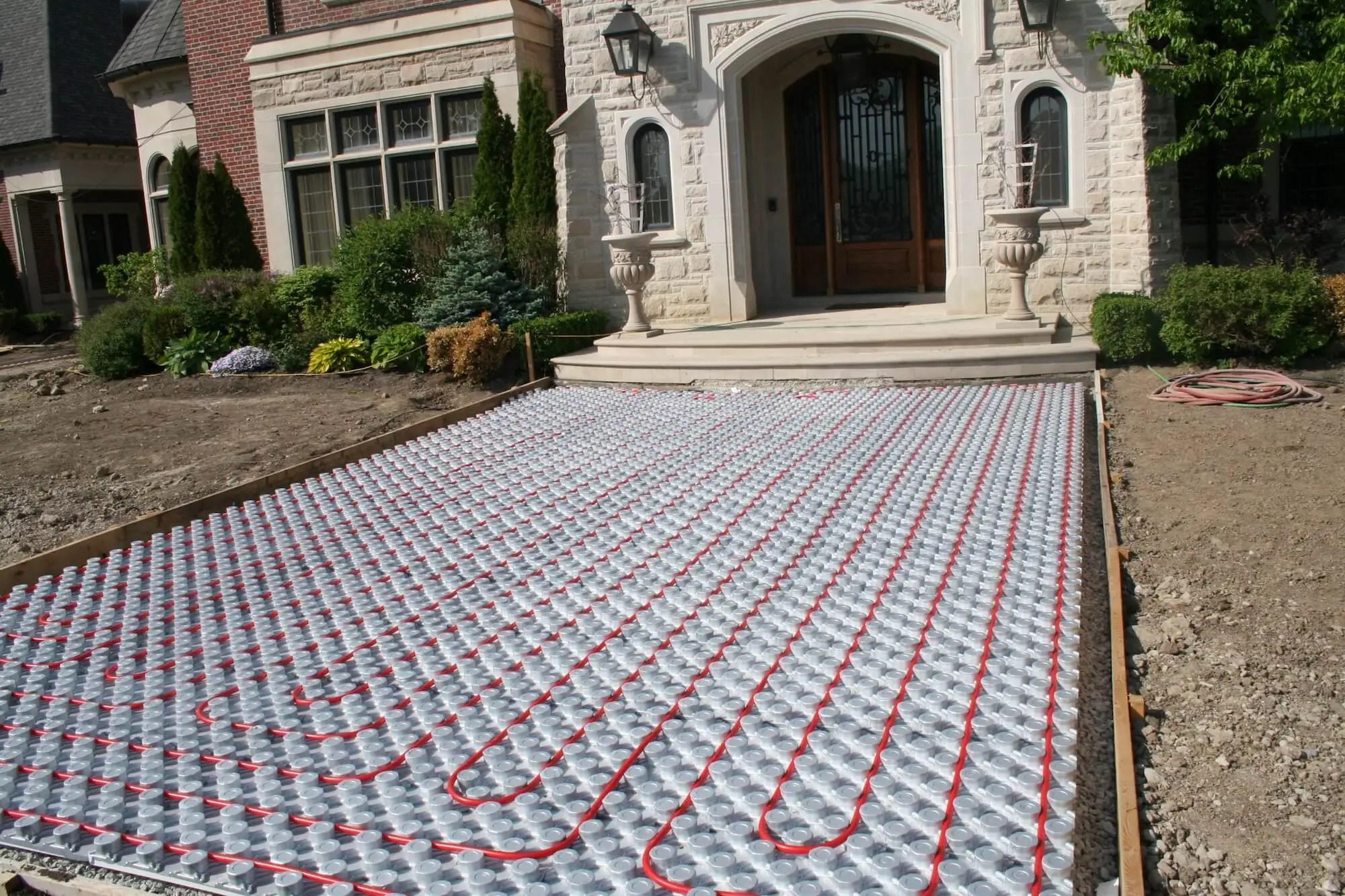 Driveway & Walkways: Outdoor Radiant Heating Panels