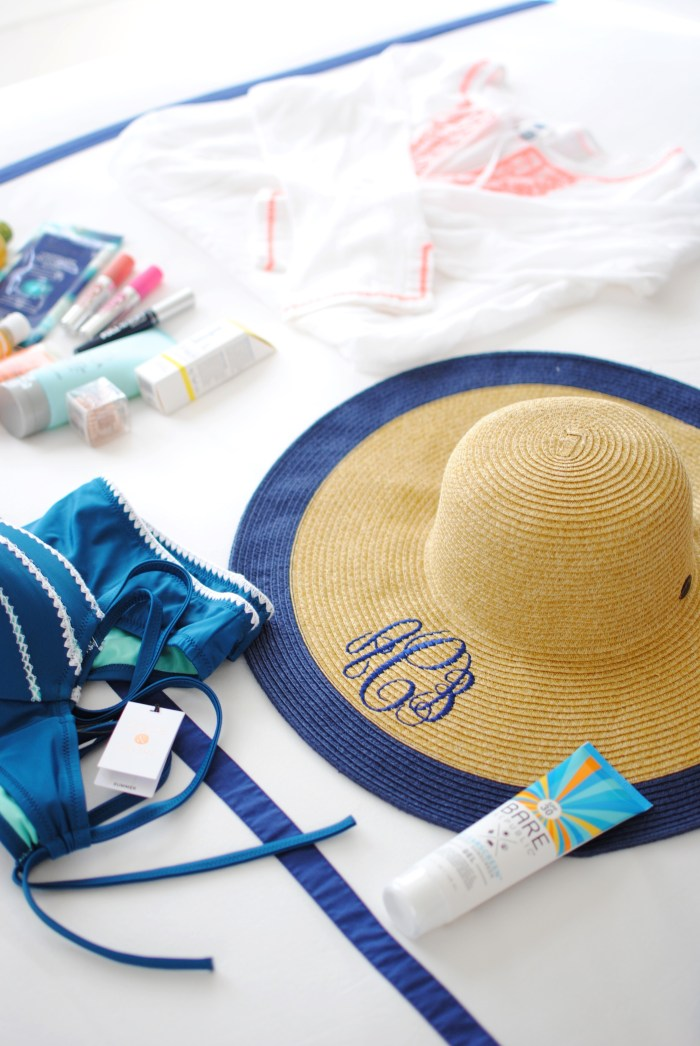 Hawaii Packing List | amybethcampbell.com