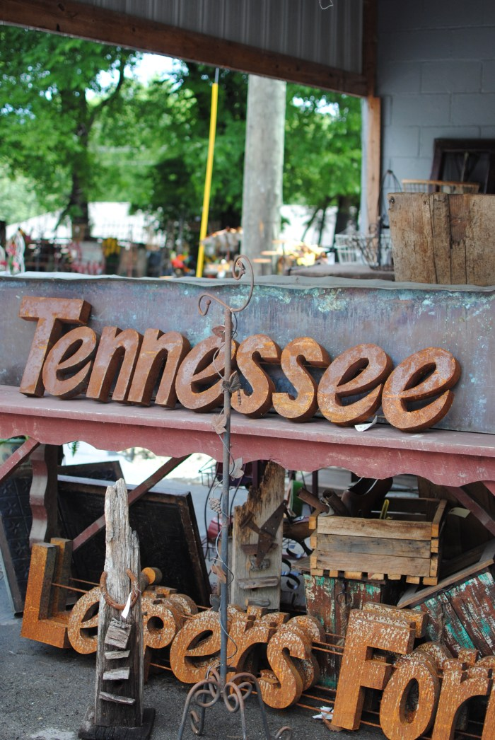 Greetings from Nashville, Tennessee - amybethcampbell.com
