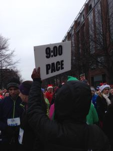 9:00 pace sign in the start corral. I put myself a few feet in front of it.