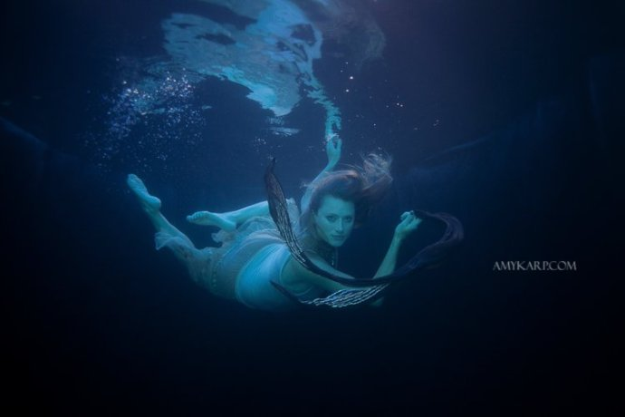 underwater maternity session in dallas with arden by dallas wedding photographer amy karp (21)