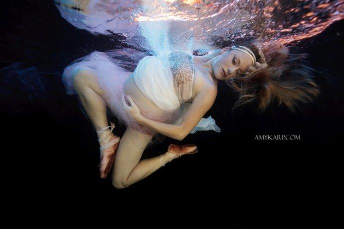 dallas underwater maternity photography by wedding photographer amy karp (9)