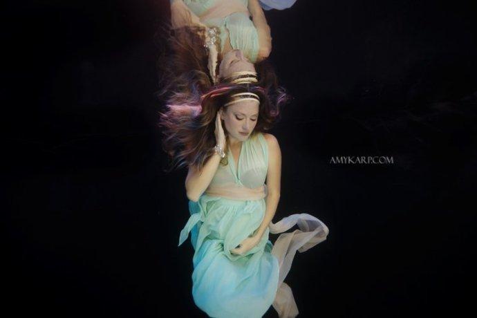 dallas underwater maternity photography by wedding photographer amy karp (15)