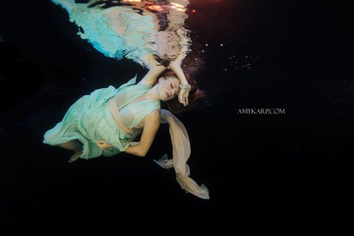 dallas underwater maternity photography by wedding photographer amy karp (18)