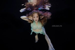 dallas underwater maternity photography by wedding photographer amy karp (23)