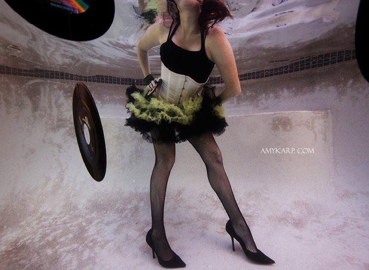 dallas underwater wedding photographer (14)