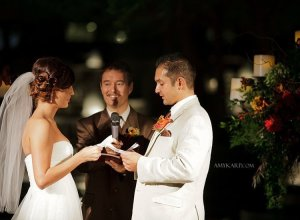 dallas wedding photographer with melissa and mark at avanti fountain place (13)