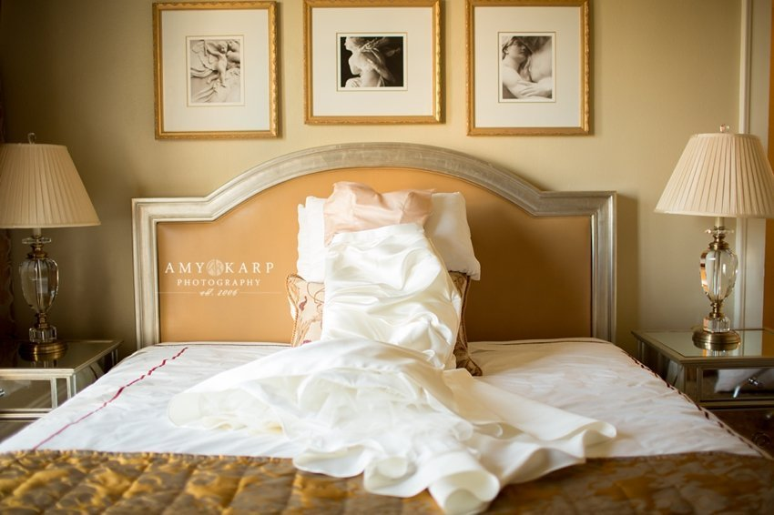 dallas-wedding-photographer-rayven-alex-city-place-001