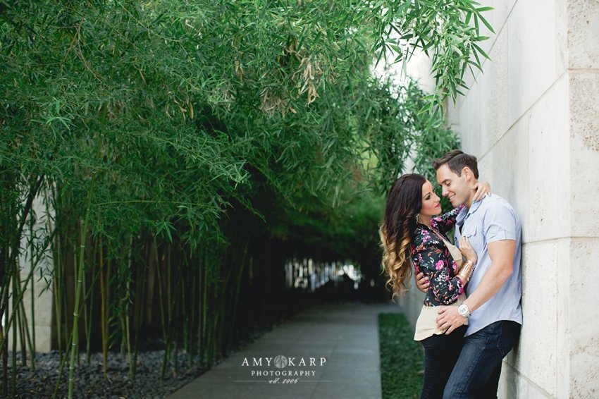 dallas-wedding-photographer-downtown-fashion-engagement-session-jenn-cory-009