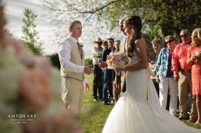 dallas-wedding-photographer-longhorn-ranch-wedding-039