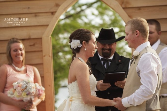 dallas-wedding-photographer-longhorn-ranch-wedding-044