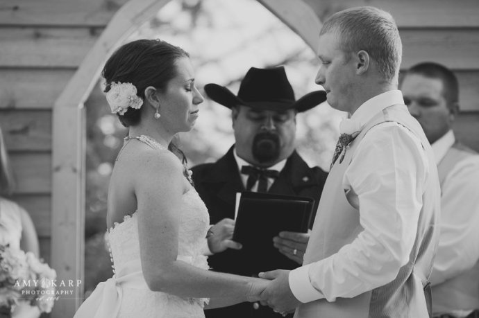 dallas-wedding-photographer-longhorn-ranch-wedding-045