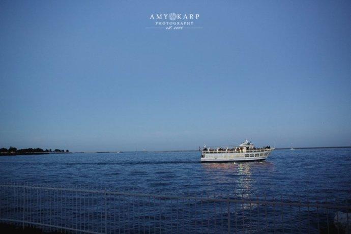 amy-karp-photography-milwaukee-lake-michigan-wedding-01