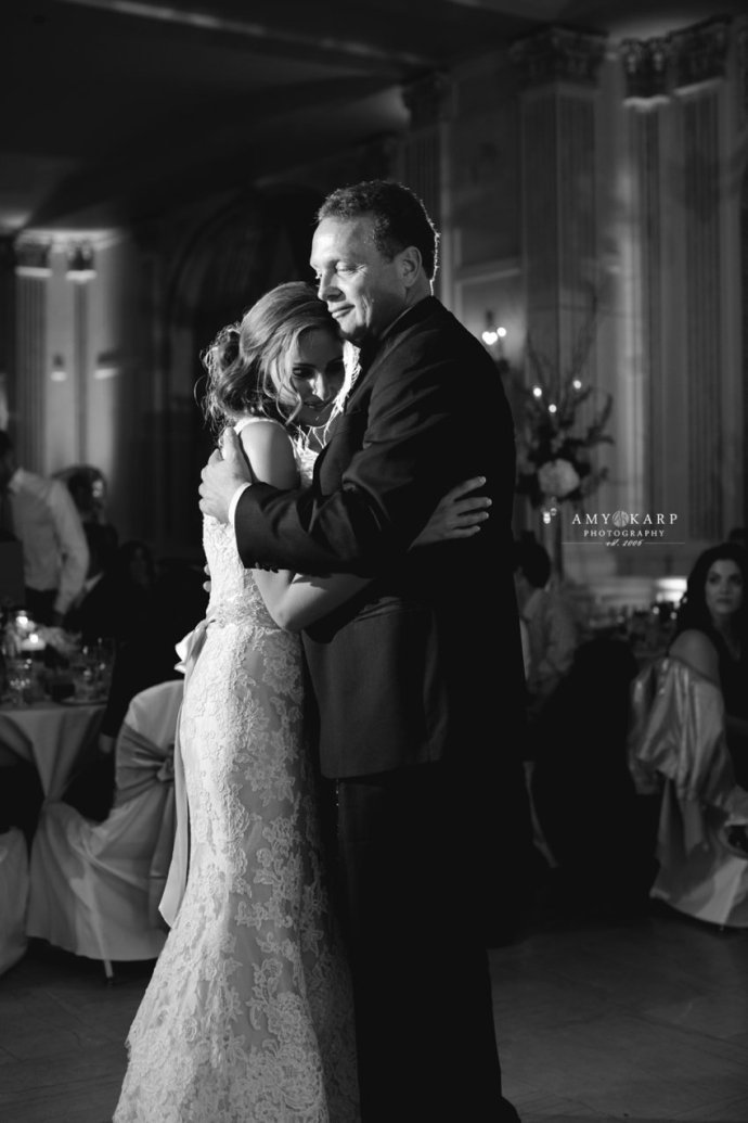 amy-karp-photography-milwaukee-lake-michigan-wedding-41