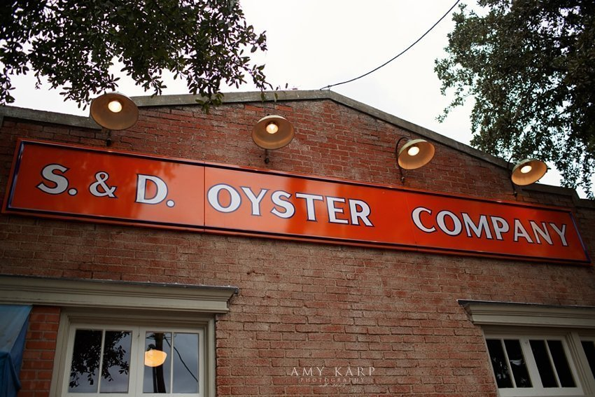 dallas-wedding-photographer-oyster-bar-engagement-session-02