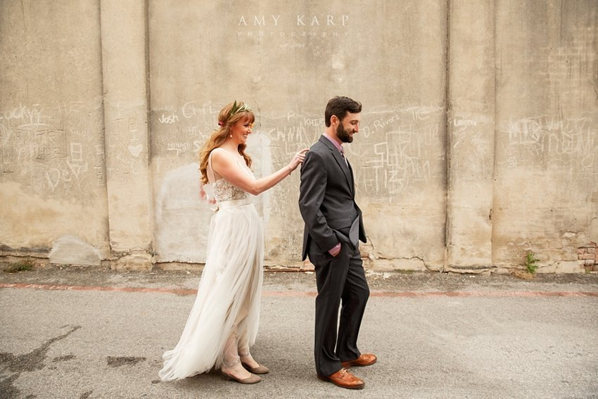 mckinney-cotton-mill-wedding-by-dallas-wedding-photographer-amykarp-ashley-aaron-13