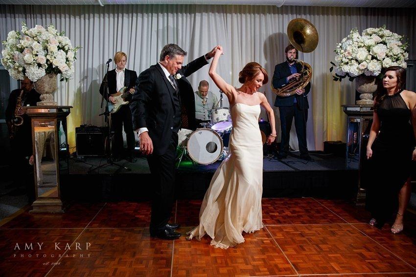dallas-wedding-photographer-lauren-mike-joule-hotel-42