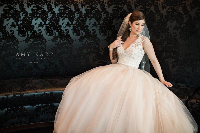 dallas-bridal-portraits-at-w-hotel-aynsley-04