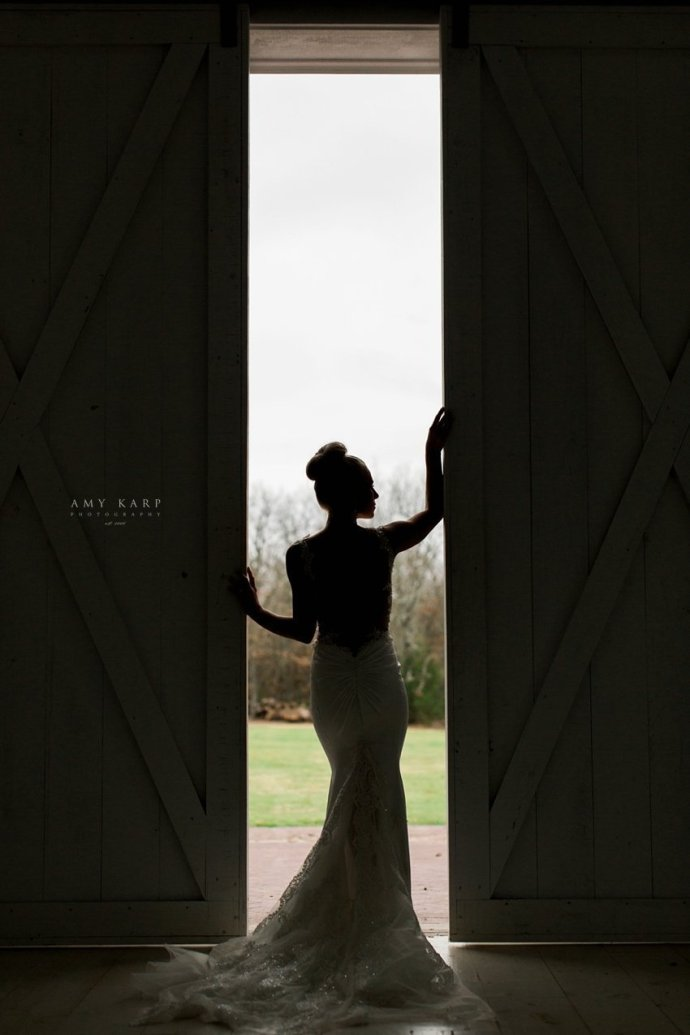 dallas-wedding-photography-white-sparrow-barn-bridal-portraits-21