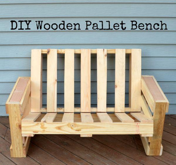 DIY Wooden Pallet Bench