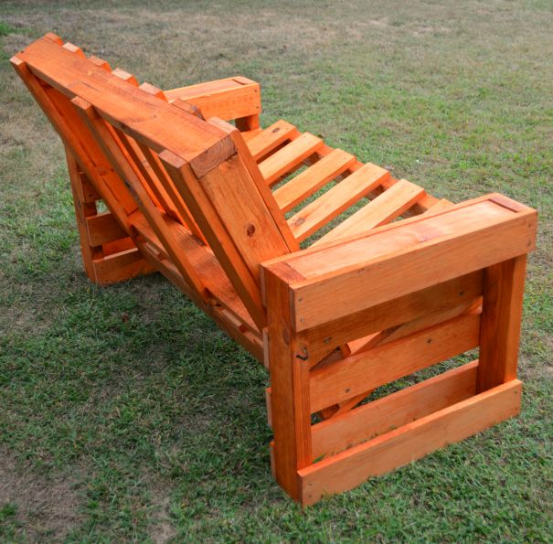 Pallet Bench DIY