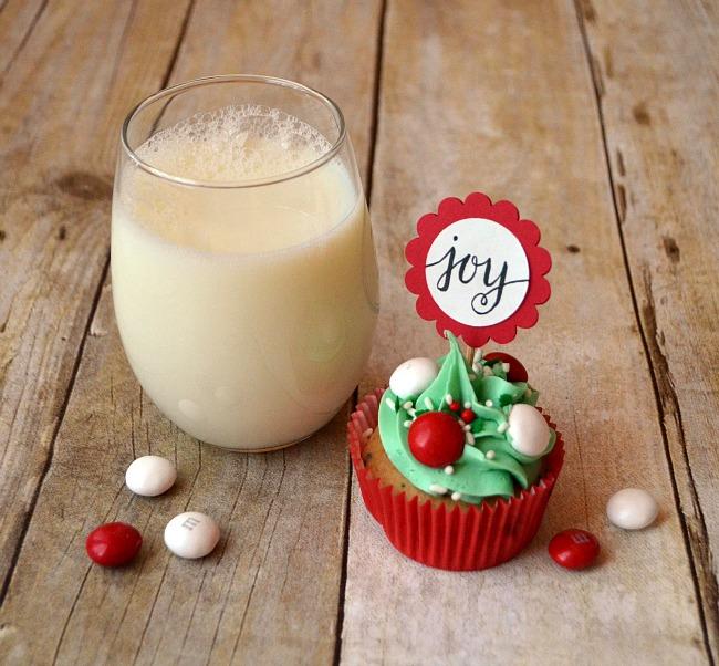 Merry Mint Cupcake