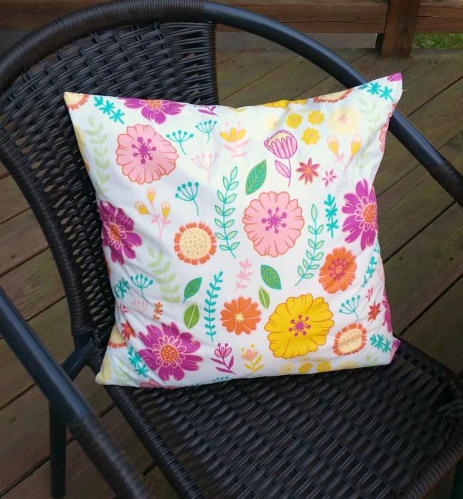 Tablecloth Pillows