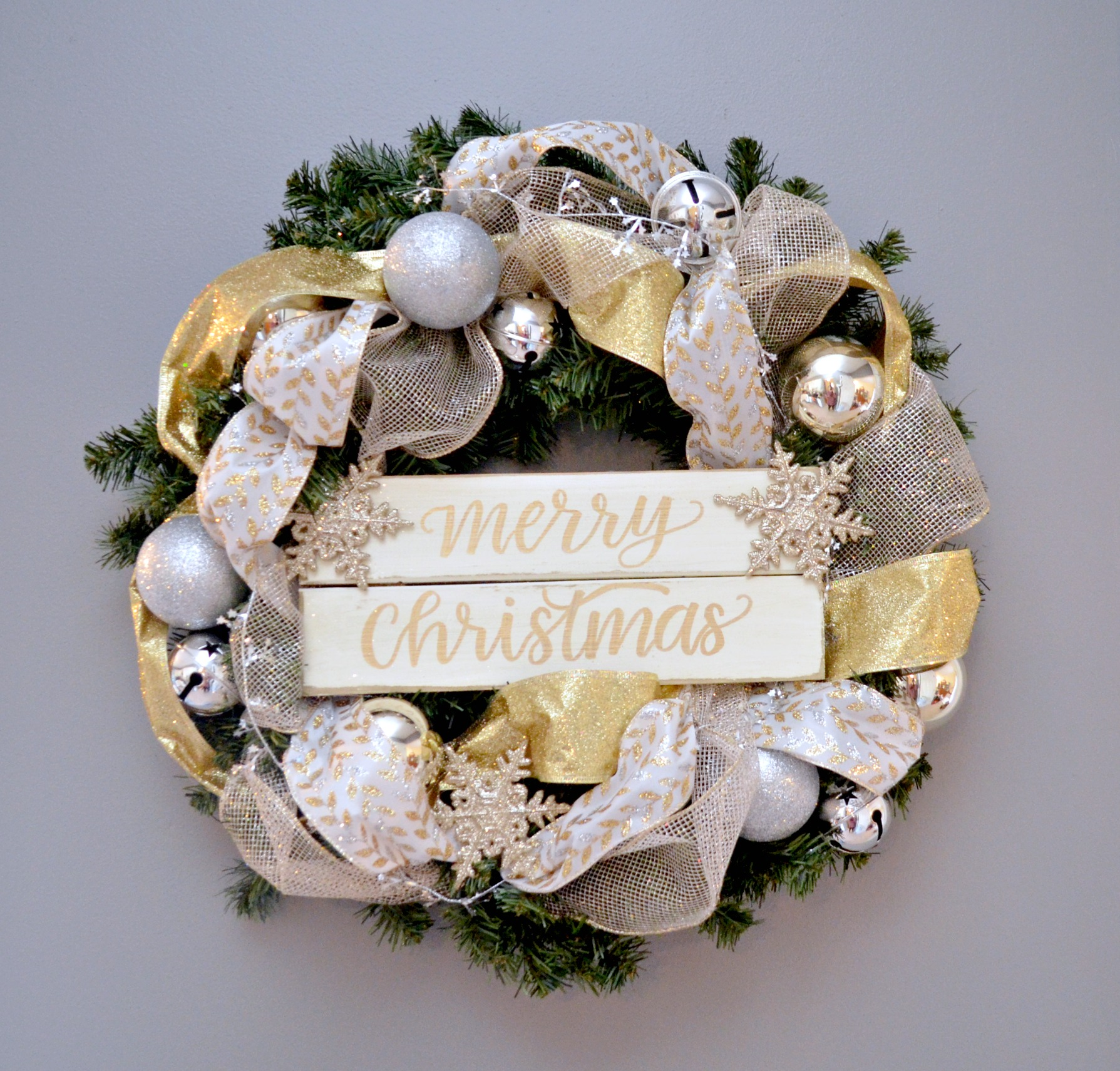 Metallic Hand Lettered Christmas Wreath