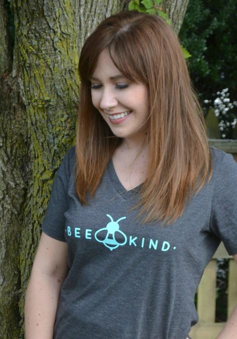 """""""Bee kind"""" t-shirt"""