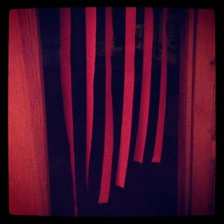 red streamers
