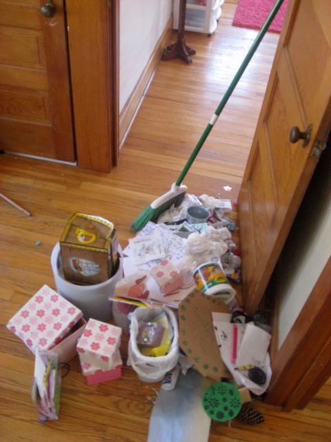 clutter in room