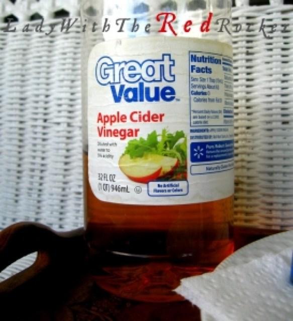 Apple Cider vinegar for longer lasting nail polish