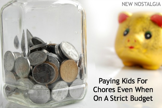 Coins in a jar next to a yellow piggy bank