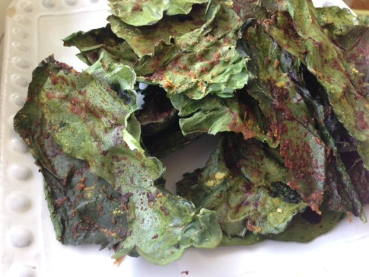 Baked cheesy kale chips