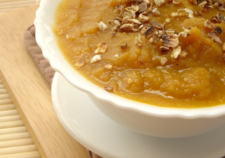 autumn-vegetable-soup-with-toasted-oats