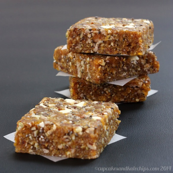 Apricot-Chia-Energy-Bars-5