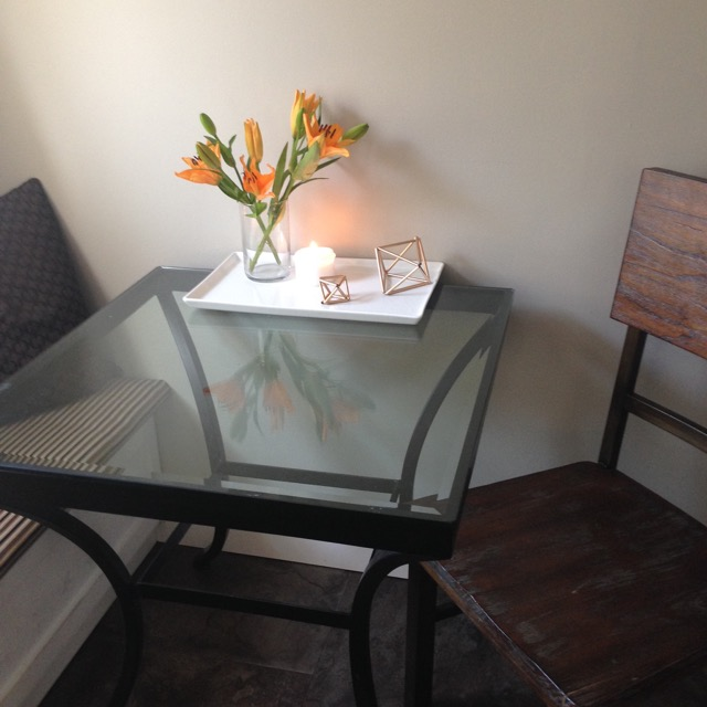 Lillies-tablescape