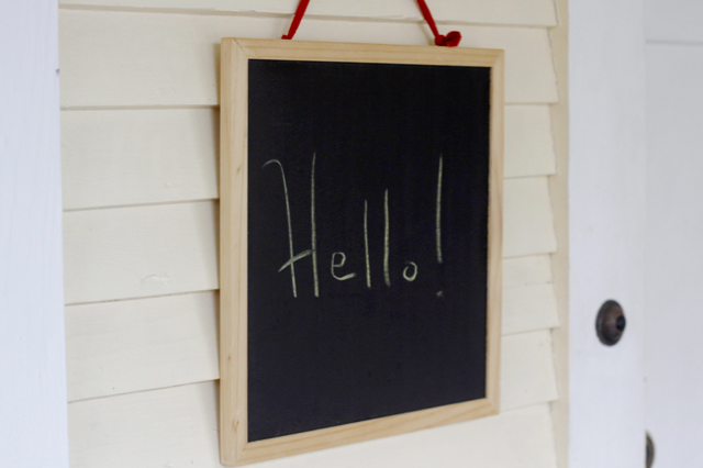 hello-sunroom-chalkboard-sign