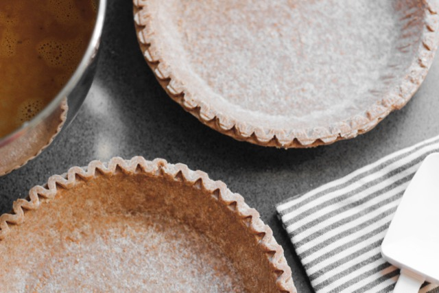 pumpkin pie crusts